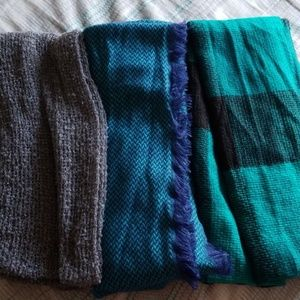3 Mixit Infinity Scarves